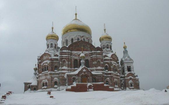 Храм монастыря: