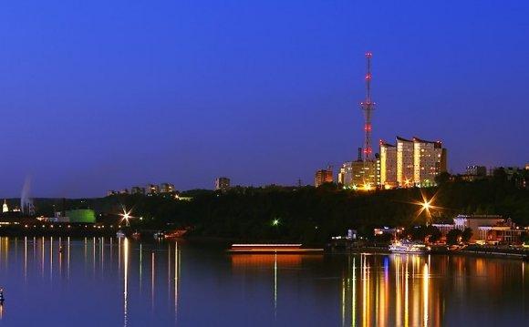 Пермь: речной вокзал и «Паруса