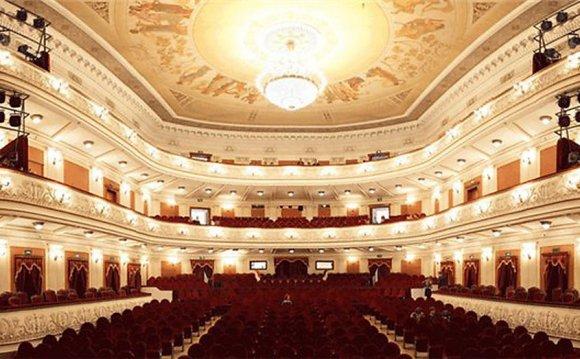 театра оперы и балета им